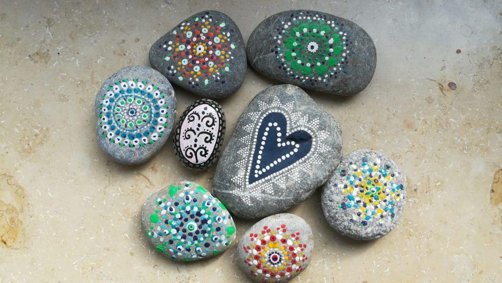 Steine Lackieren